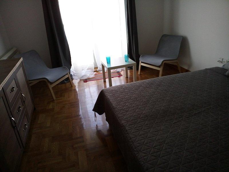 Cozy&Modern - city center apartment, holiday rental in Pancevo