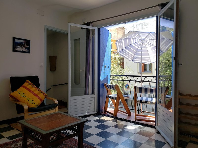 Charming 2 bed townhouse / Agde Old Centre, holiday rental in Agde