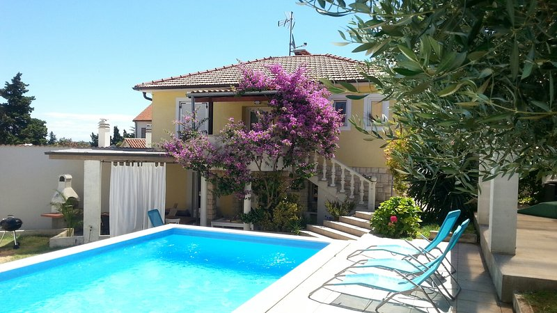 Holiday home Vala, holiday rental in Premantura