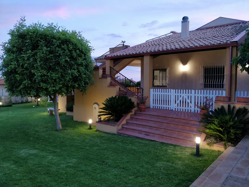 CASA VACANZE TIMPEROSSE, holiday rental in Donnalucata