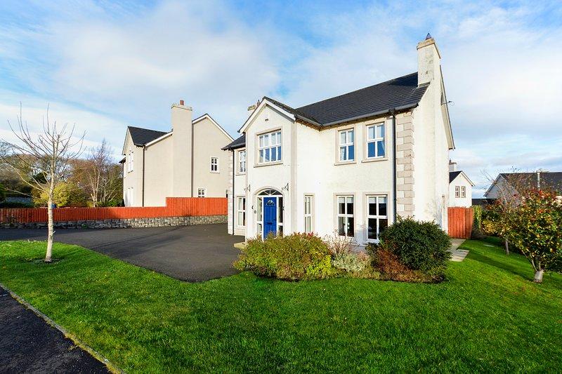 Ramoan House, vacation rental in Ballycastle