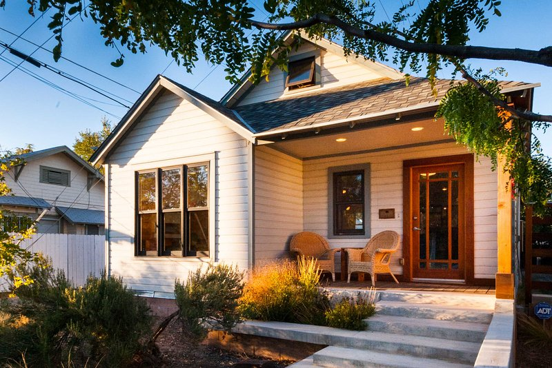 'Casa Roma' - 0.7 Mi. from Old Town Albuquerque!, vacation rental in Los Ranchos de Albuquerque