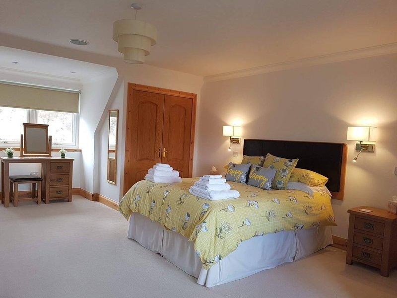 Sgritheal View Bed & Breakfast King room ensuite, holiday rental in Elgol