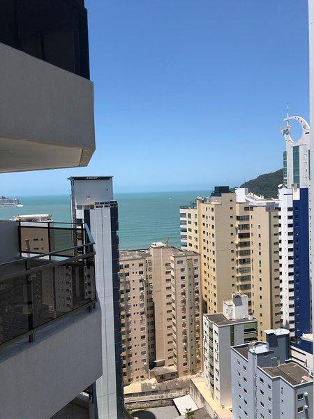 Ocean View Apartment, 4 Bedrooms, 200 sq meters, Parking in Balneario Camboriu, alquiler de vacaciones en Balneario Camboriu