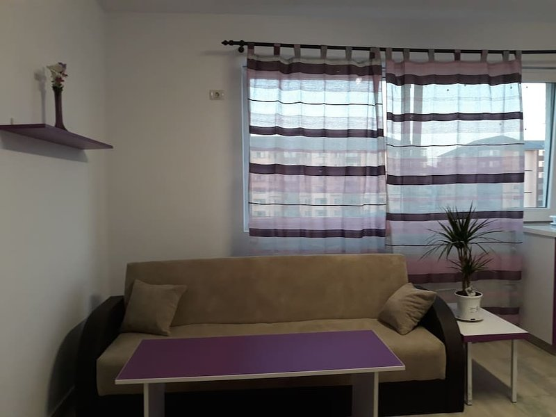 Militari Residence ap 53, holiday rental in Chiajna