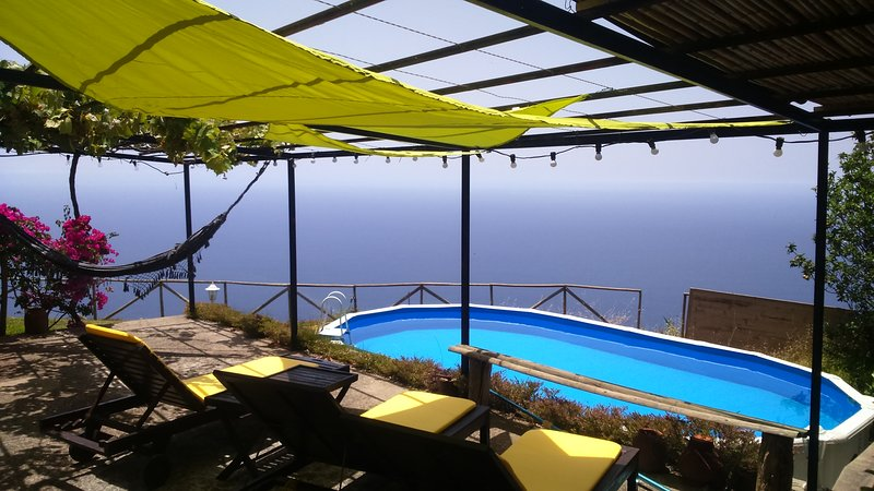 Ocean View Cottage, location de vacances à Arco da Calheta