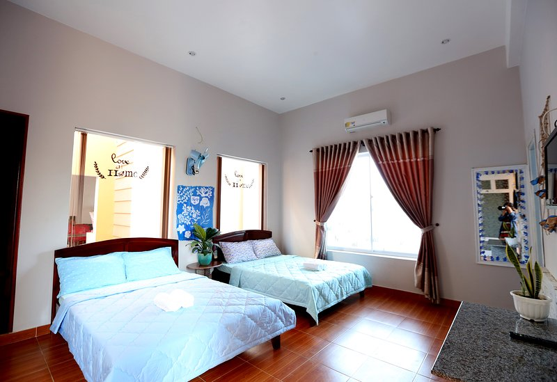 Sea Lover Room - The Happy RIde 2 homestay, holiday rental in Phu Thuy