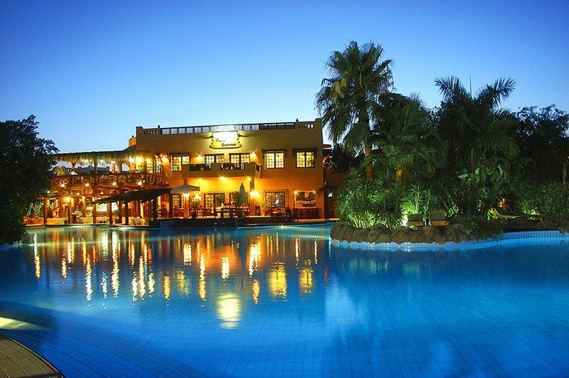 Delta Sharm Resort - Main Pool & Restaurant