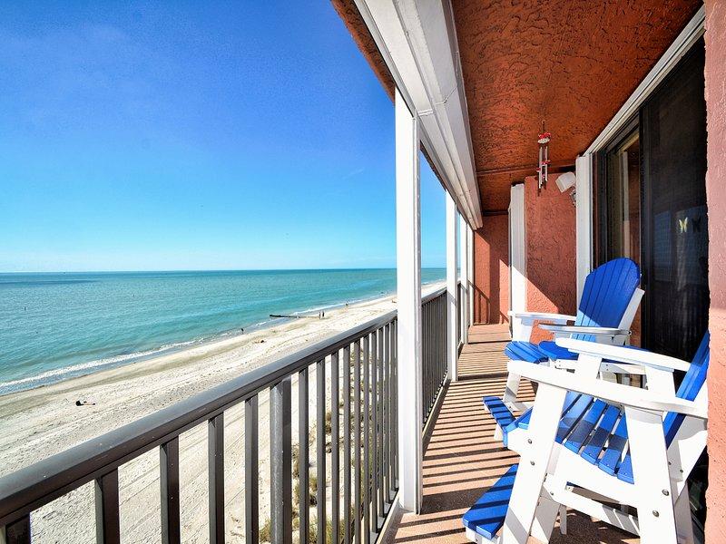 Venha passar suas férias relaxando na praia.