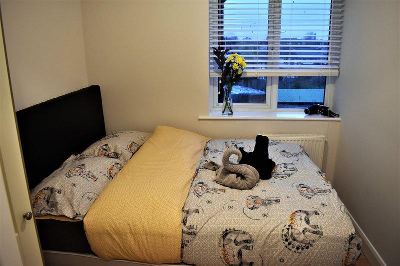 Brand new Cabra Flat, holiday rental in Castleknock