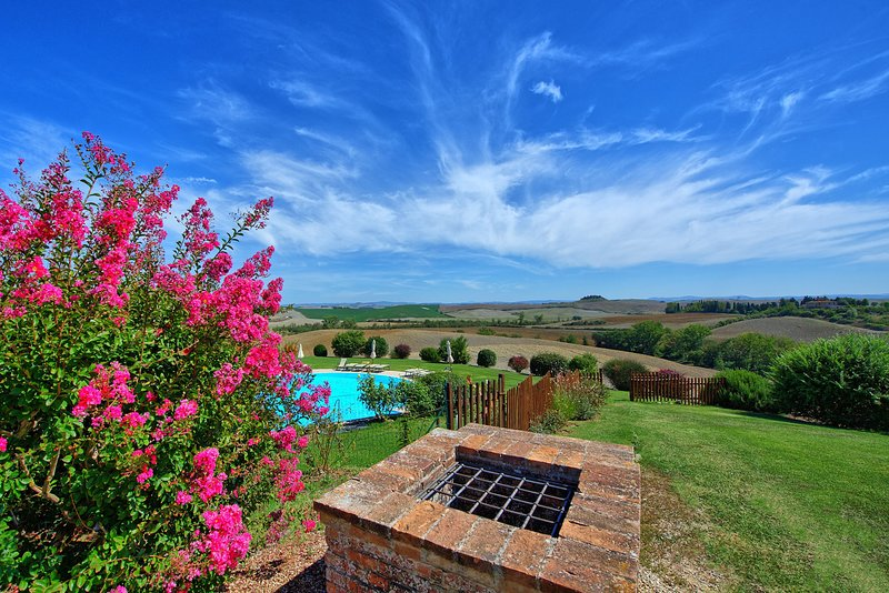 Corsano Apartment Sleeps 4 with Pool - 5241468, holiday rental in Brucciano