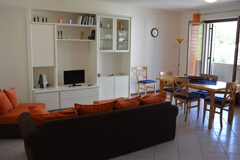 Casa laura Negrar  Valpolicella vicino ospedale sacro cuore, holiday rental in Valgatara