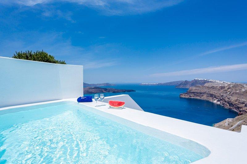 Alti Santorini Suites ( Honeymoon Suite with Sea View), location de vacances à Megalochori