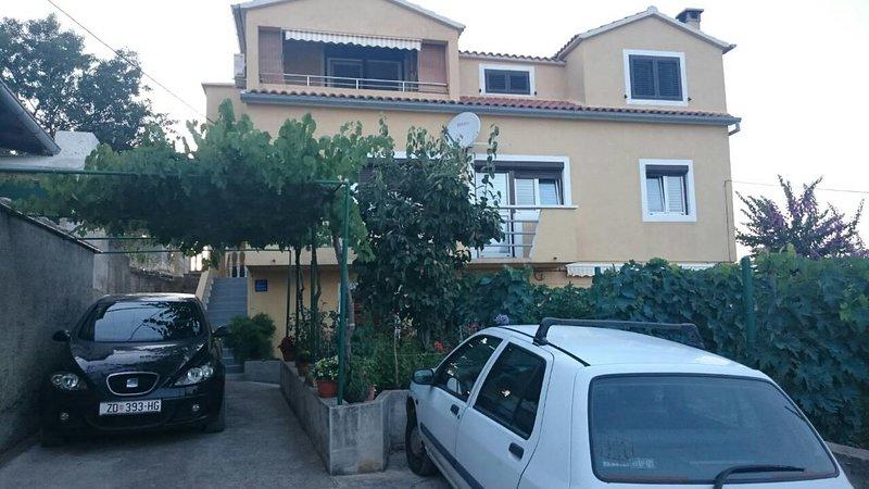 Two bedroom apartment Sali, Dugi otok (A-16324-a), holiday rental in Zaglav
