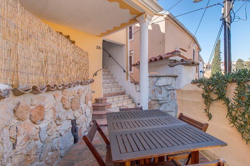 Popi - apartment Popi 1, vacation rental in Veli Lošinj