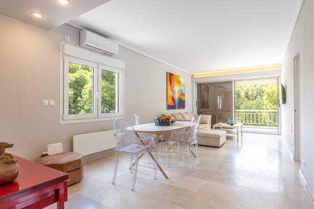 Athens Riviera - HiEnd flat | Kavouri beach area, vacation rental in Varkiza