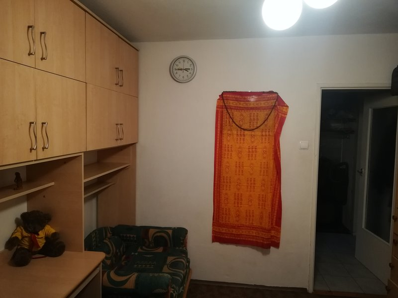I have a cozy room near to centrum, buses are available for every 10 min, casa vacanza a Wegrzce