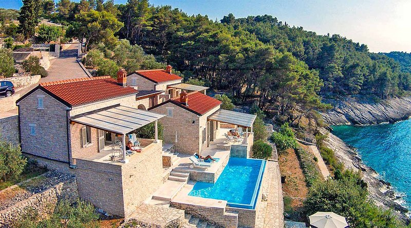 Villa Stone Village, vacation rental in Vela Luka