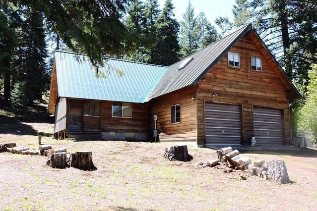 Whispering Pines sits on 1.65 Acres and is just a short walk to the Hyatt Lake