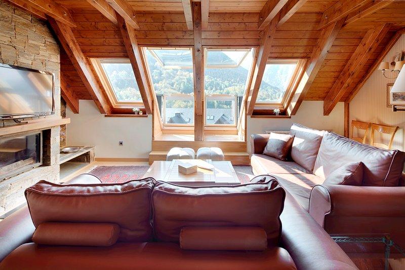 Prat de Gessa by FeelFree Rentals, holiday rental in Unha