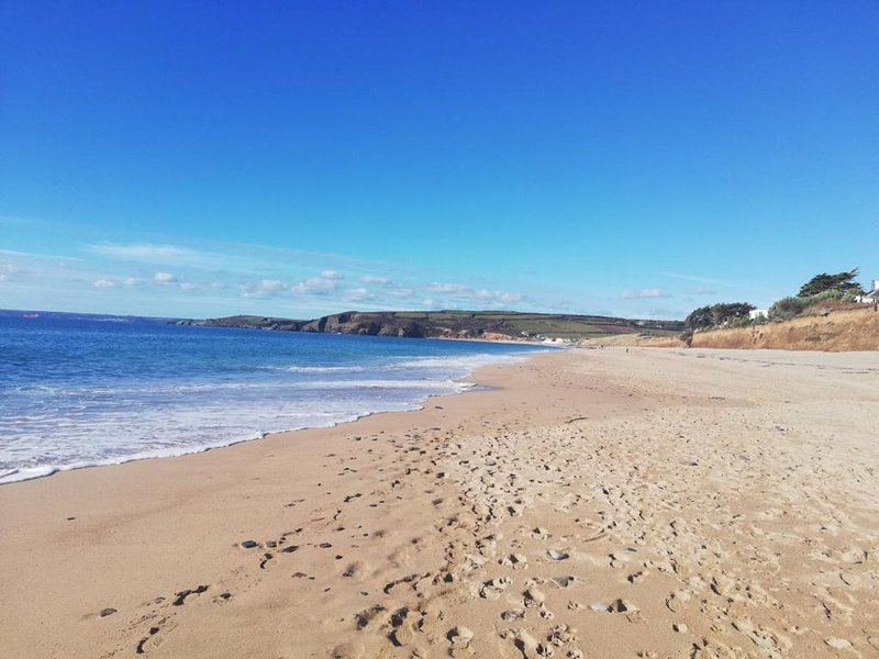 Coth Sol,Praa Sands,Cornwall. Just footsteps from the beach! ~ SandyToesRetreat, vacation rental in Tresowes