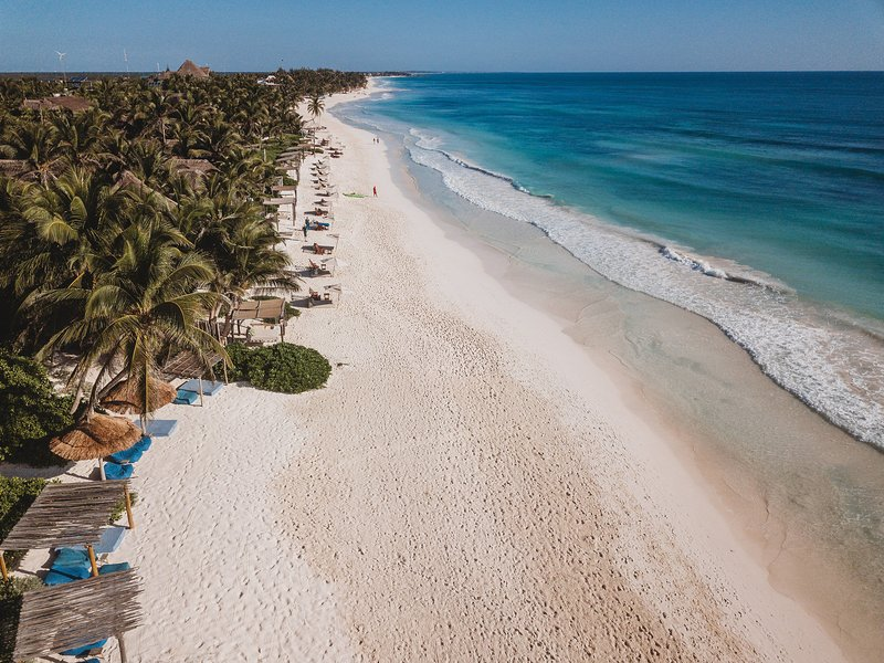 Casa Mandala - Stunning Tulum Beach House with Private Pool & AC – semesterbostad i Tulum