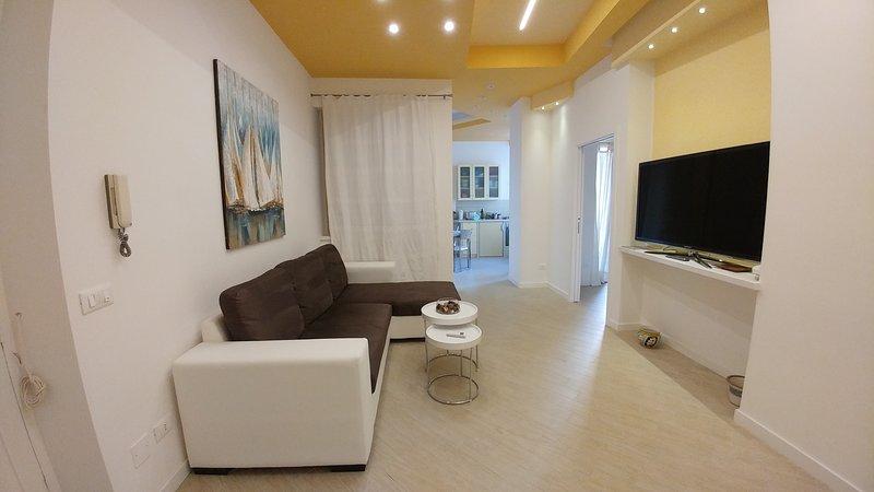 Kosié - apartamento tranquilo en las calles de Pirandello, holiday rental in Landro