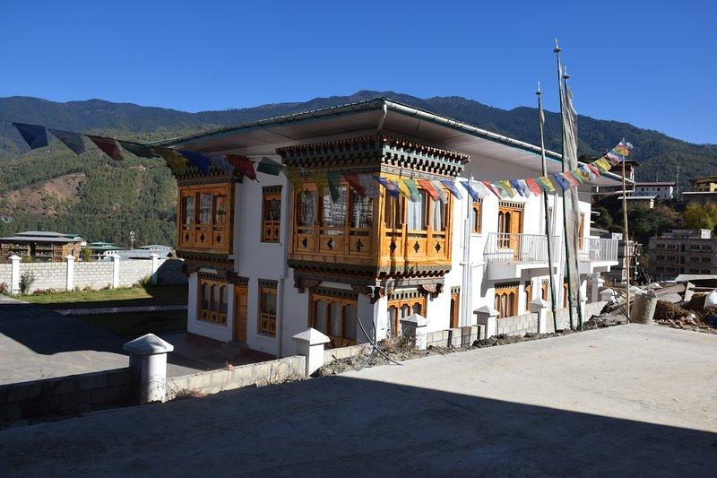 Pemaling Villa - Serviced Apartment - Deluxe 8, casa vacanza a Thimphu