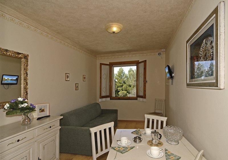 Appartamento al piano terra, vacation rental in Terricciola