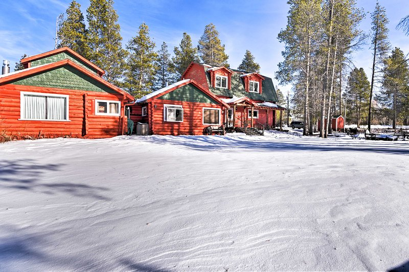 Réservez 'Never Summer Cabin' pour votre prochaine escapade dans le Fraser!