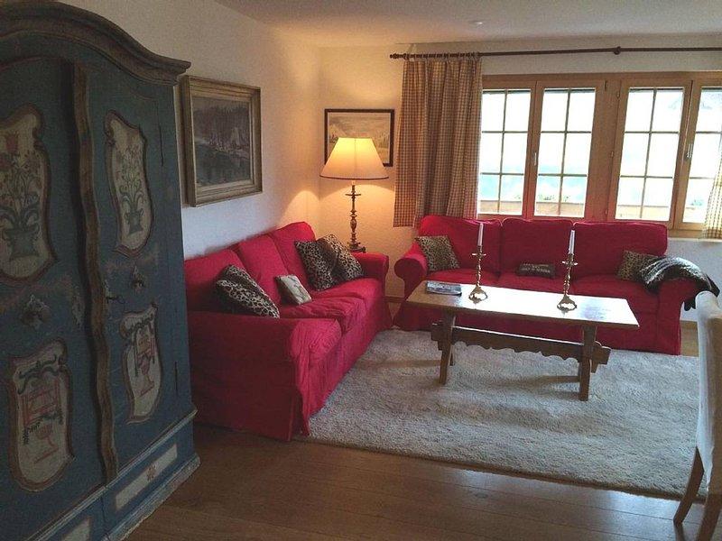 Gstaad - Luxury Flat in Saanen, holiday rental in Canton of Bern