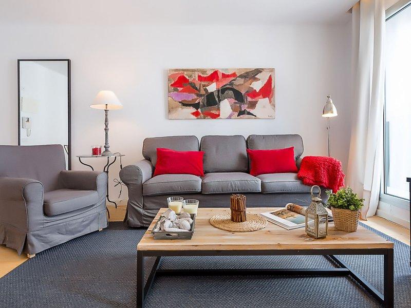 UD Rambla Suites & Pool 21 (1 BR), vacation rental in Barcelona