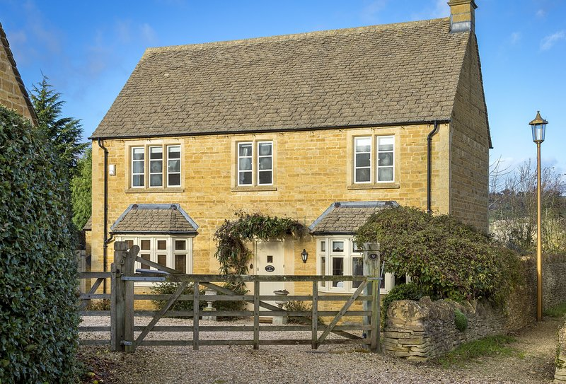 Compton House, holiday rental in Chipping Campden