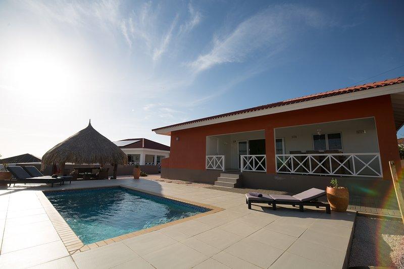 Casa Kontentu luxe woning/prive zwembad/6 pers, location de vacances à Soto
