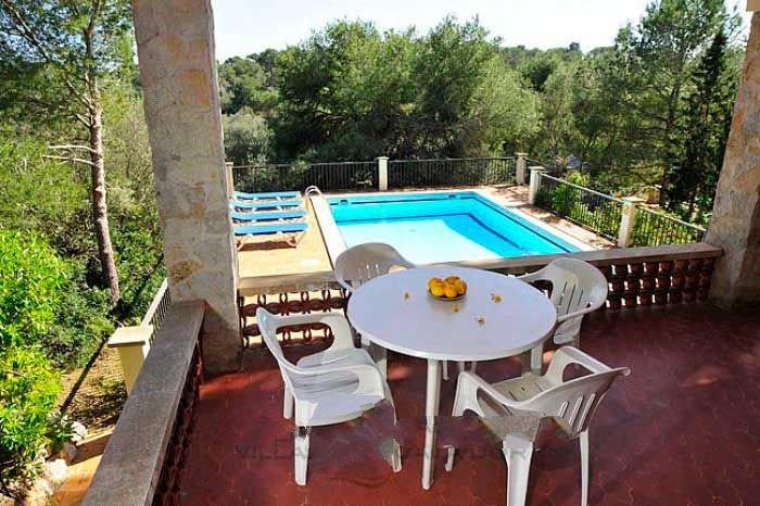 Portopetro Villa Sleeps 6 with WiFi - 5000836, holiday rental in Cala Mondrago