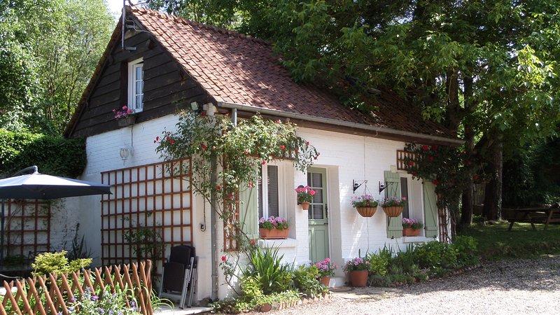 Primrose Cottage New Painted 2018