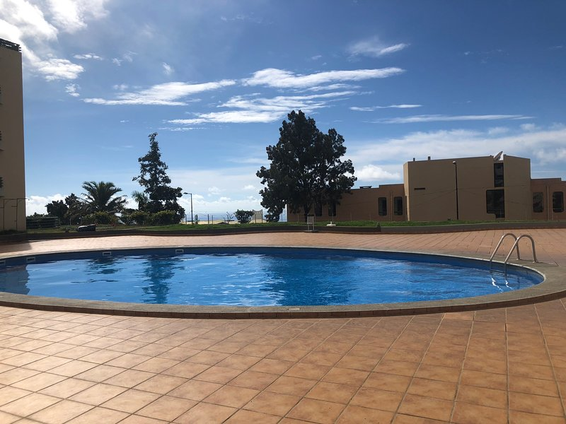 Garajau Garden apartment whith the pool, holiday rental in Canico
