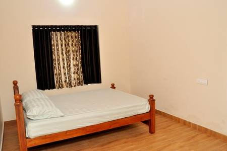Kuttenchira Ryan Villa, holiday rental in Athani