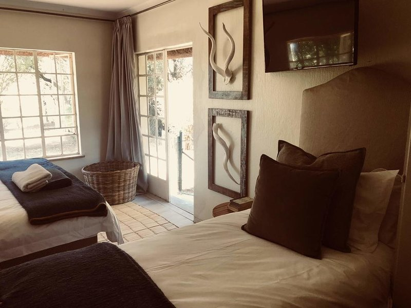 Iron Horse Boutique Guest House (Double Room 1), holiday rental in Lanseria