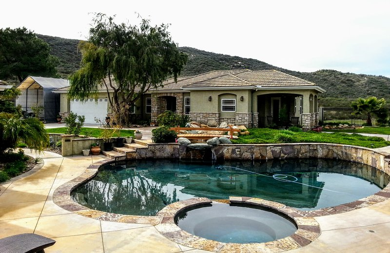 Luxurious, Peaceful, Home on Nature Preserve, holiday rental in El Cajon