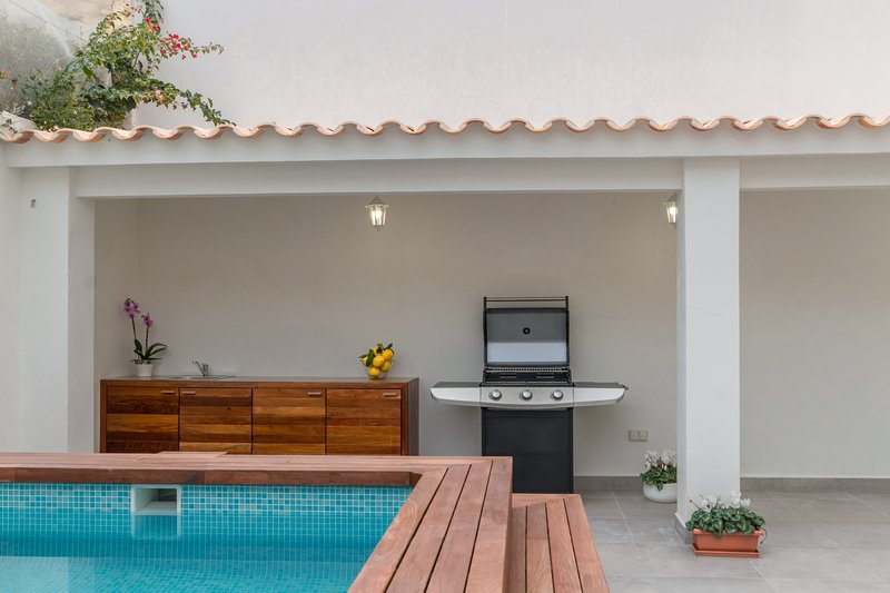 Miquel Santandreu 40, TownHouse 5StarsHome Mallorc, holiday rental in Palma de Mallorca