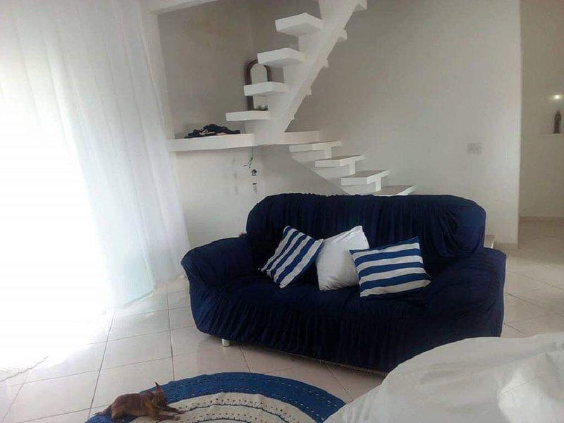 Casa na praia, holiday rental in Jacone