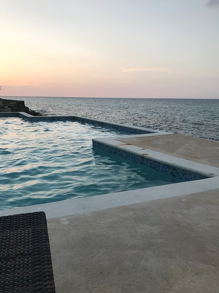 ocean view condo, holiday rental in Tower Isle