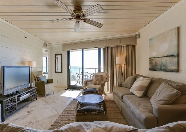Beachside II 4238 ~ Directly on the beach ~ bunkbeds ~ pool, vacation rental in Miramar Beach