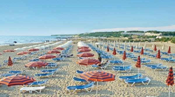 Vacaciones en Sicilia, playa, mar, piscina, animación, arte, cultura y relajación en Holiday Village