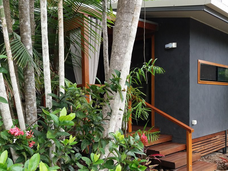Forest Lodge: Little Villa, holiday rental in Deepwater