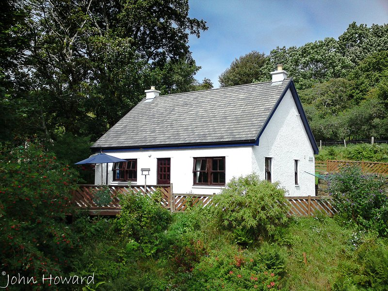Rock Cottage Self Catering, holiday rental in Isle of Mull