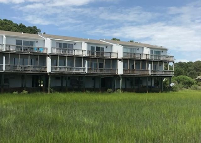 Assateague Lookout - Water Front/Access - Townhouse, holiday rental in Chincoteague Island