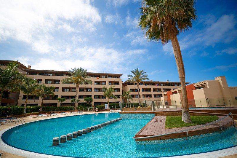 Paraiso II AG FREE WIFI, holiday rental in Playa Paraiso