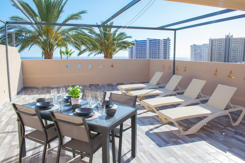 Best Duplex FREE WIFI, holiday rental in Playa Paraiso